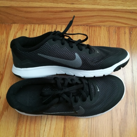 Nike Shoes New Womens Flex Experience Rn 4 Size 5 Poshmark